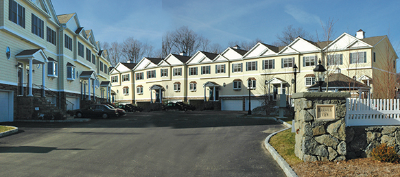 Harbour Vew, Danbury , CT Townhome Condominiums